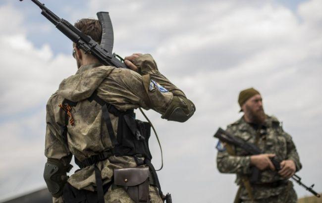 Бойовики обстріляли Мар'їнку, поранений мирний житель