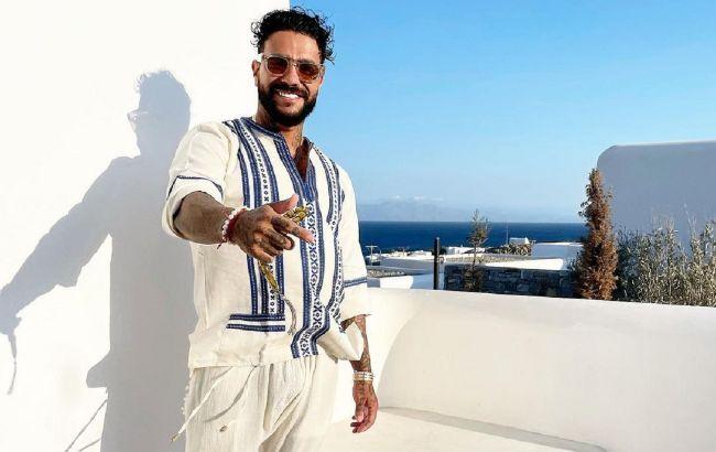 Рэпера Тимати заметили в Греции с украинской моделью