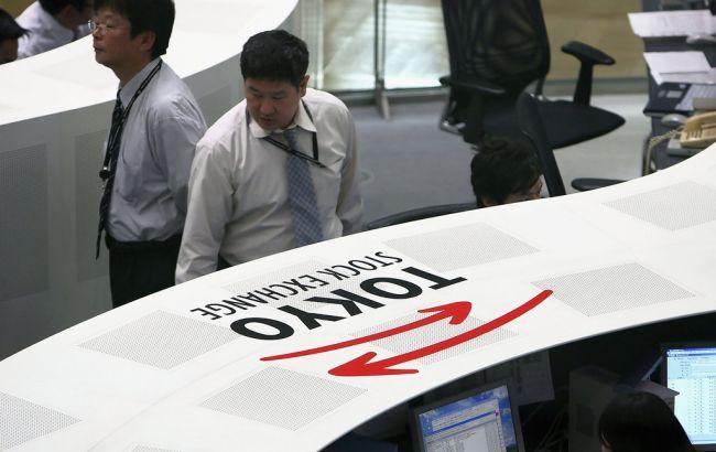 Японские индексы рухнули на фоне укрепления иены