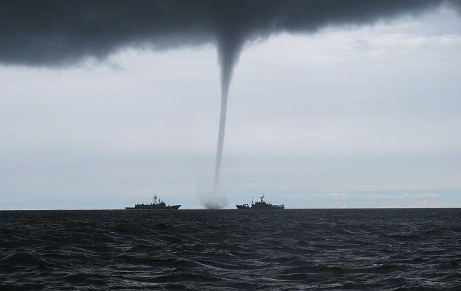Над Чорним морем пронісся потужний торнадо: приголомшливе відео
