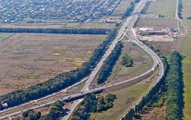 МІУ попереджає про затримки руху транспорту на Бориспільському шосе