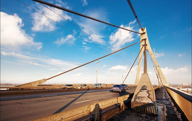 Фото: Московский мост в Киеве (tov-tob.livejournal.com)