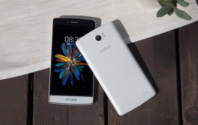 """Фото: """"розумні"""" телефони """"Неффос"""" від TP-LINK"""