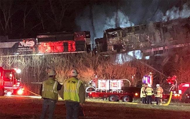 В США столкнулись два поезда, есть пострадавшие