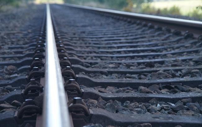 Фото: Чоловік збирався стрибнути під потяг (pixabay.com/65294)