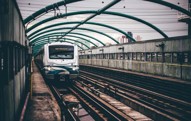 Фото: На вокзалі стався неприємний інцидент (pixabay.com/Pexels)