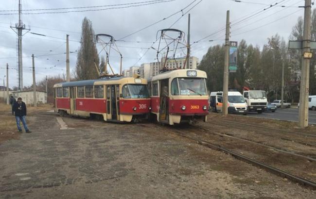 Фото: два трамвая 20-го маршрута столкнулись