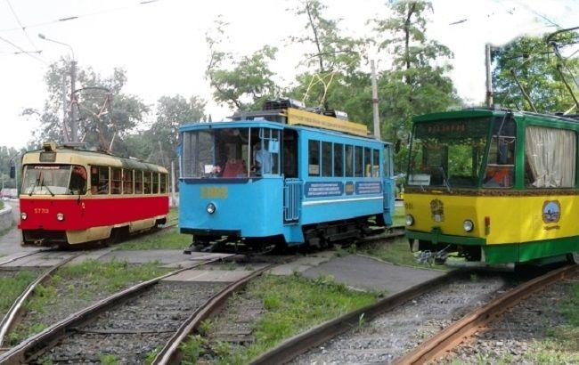 Киев планирует постепенно отказаться от устаревших вагонов в пользу более комфортных современных трамваев