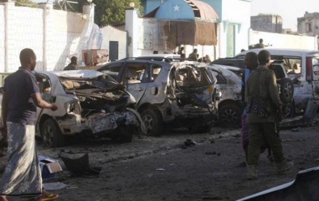 Фото: в результате взрыва двух авто погибли не менее 10 человек