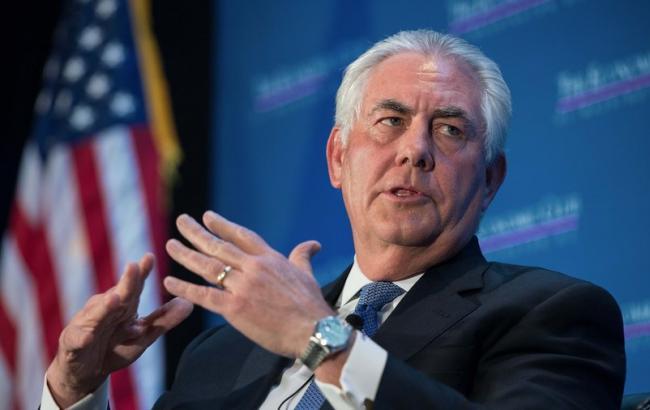 Госдеп поправил «прицел»: Тиллерсон объявил о последующих действиях США вСирии