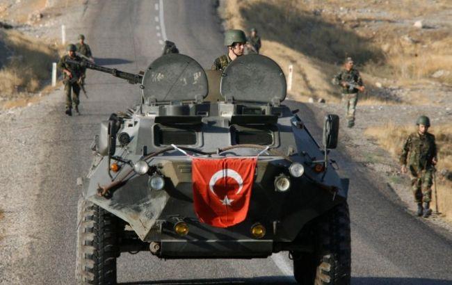 """Фото: Турция использует """"интенсивный артиллерийский огонь"""" против террористов в Сирии"""