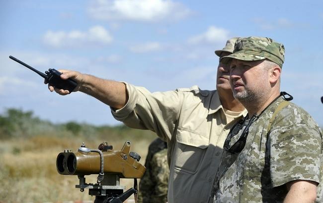 Турчинов: Украина должна восстановить позиции намировых рынках оружия