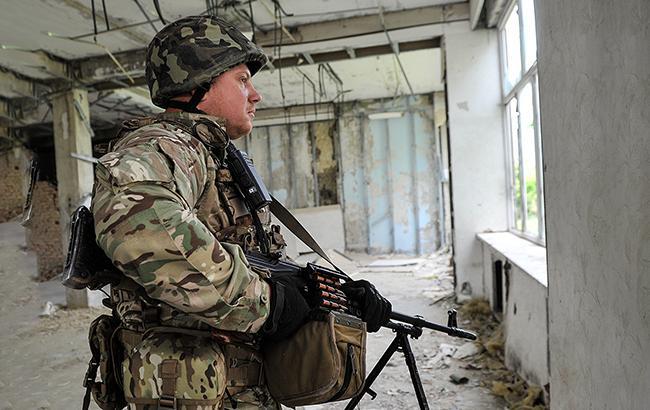 В зоні АТО за добу загинув один український військовий, ще 6 поранено