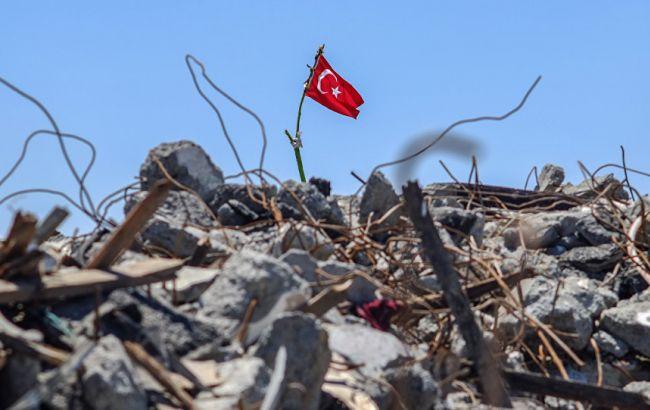 Фото: в Туреччині курди підірвали автобус з військовими