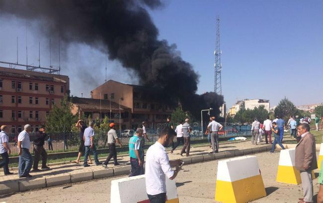Фото: черговий вибух в Туреччині (Twitter @News_Executive)