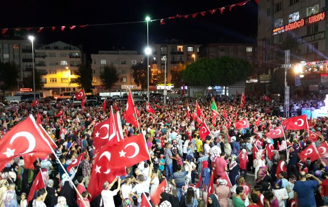 Фигурантам дела о перевороте в Турции дали по 79 пожизненных сроков