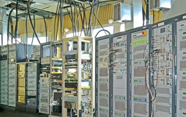 Фото: телекоммуникационное оборудование для онлайн-вещания
