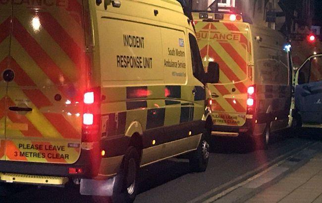 В Британии за сутки жертвами COVID-19 стали более 900 больных