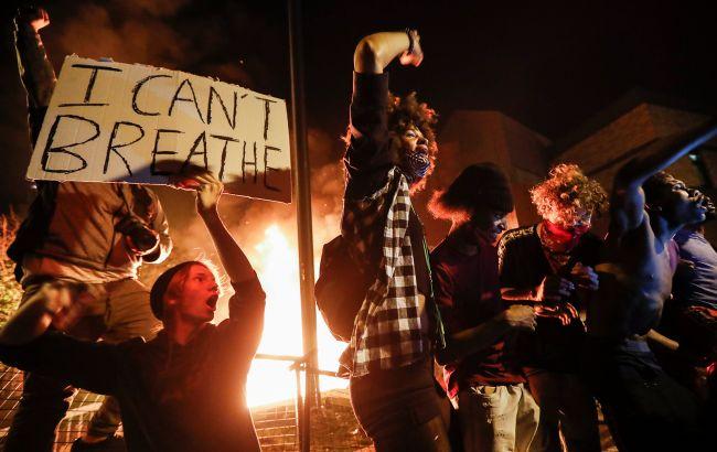Америка у вогні: як по США прокотилася хвиля масових протестів