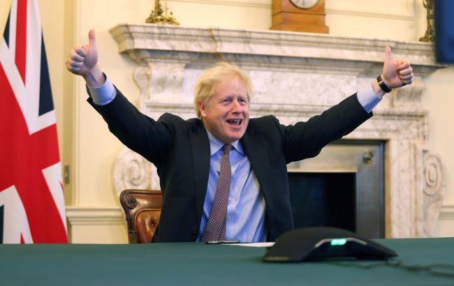 Парламент Британии одобрил торговое соглашение с ЕС