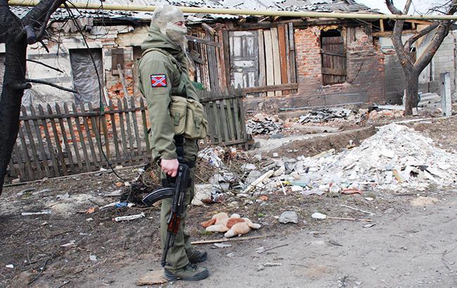 Фото: боевики обстреляли мирные районы (twitter.com/DubovoySlavyans)