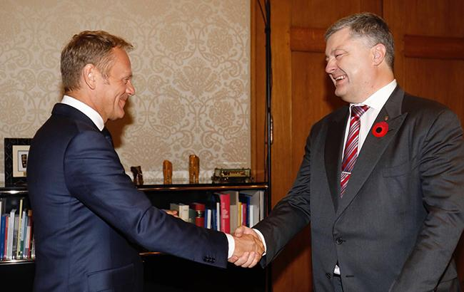 Порошенко закликав Туска запровадити нові санкції проти Росії