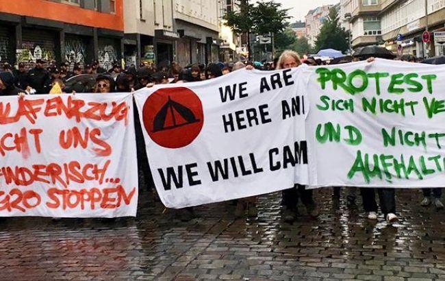 Противники «Альтернативы для Германии» вышли напротест вБерлине