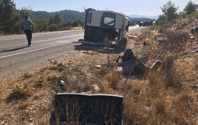ДТП с туристическим автобусом в Турции: пострадали 35 граждан Украины