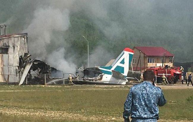 В России при посадке снова загорелся самолет, десятки пострадавших