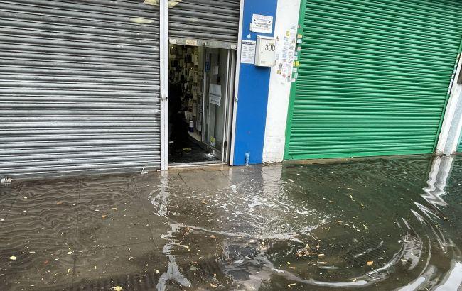 Лондон накрила потужна злива