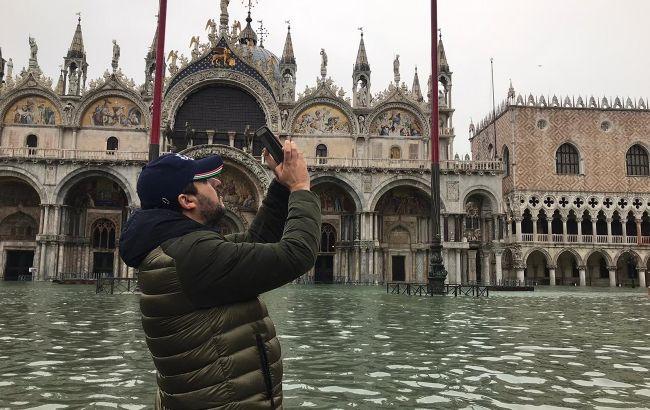 Больше метра воды: центр Венеции затопило