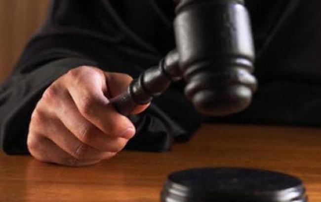 Підозрюваного ушахрайстві суддю Вищого госпсуду Швеця звільнили зпосади