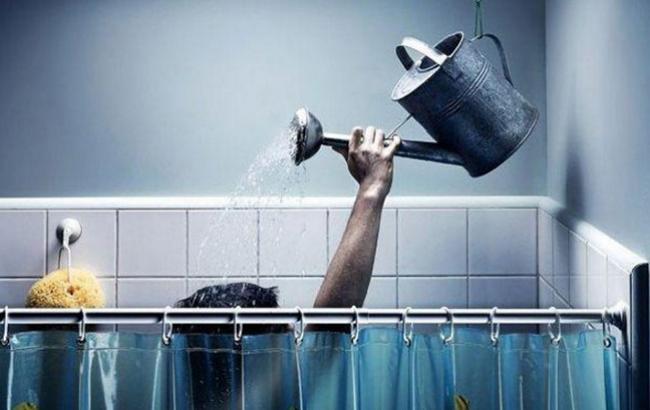 """""""Киевэнерго"""" допускает отсутствие горячей воды в 5 районах Киева до отопительного сезона"""