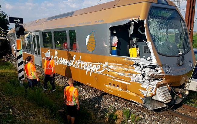 В Австрії зійшов з рейок пасажирський потяг, постраждали 30 людей
