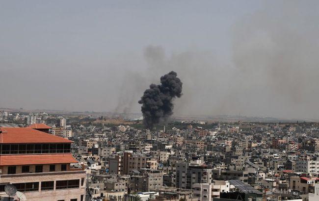 В Израиле вспыхнули пожары после обстрелов боевиков из Сектора Газа