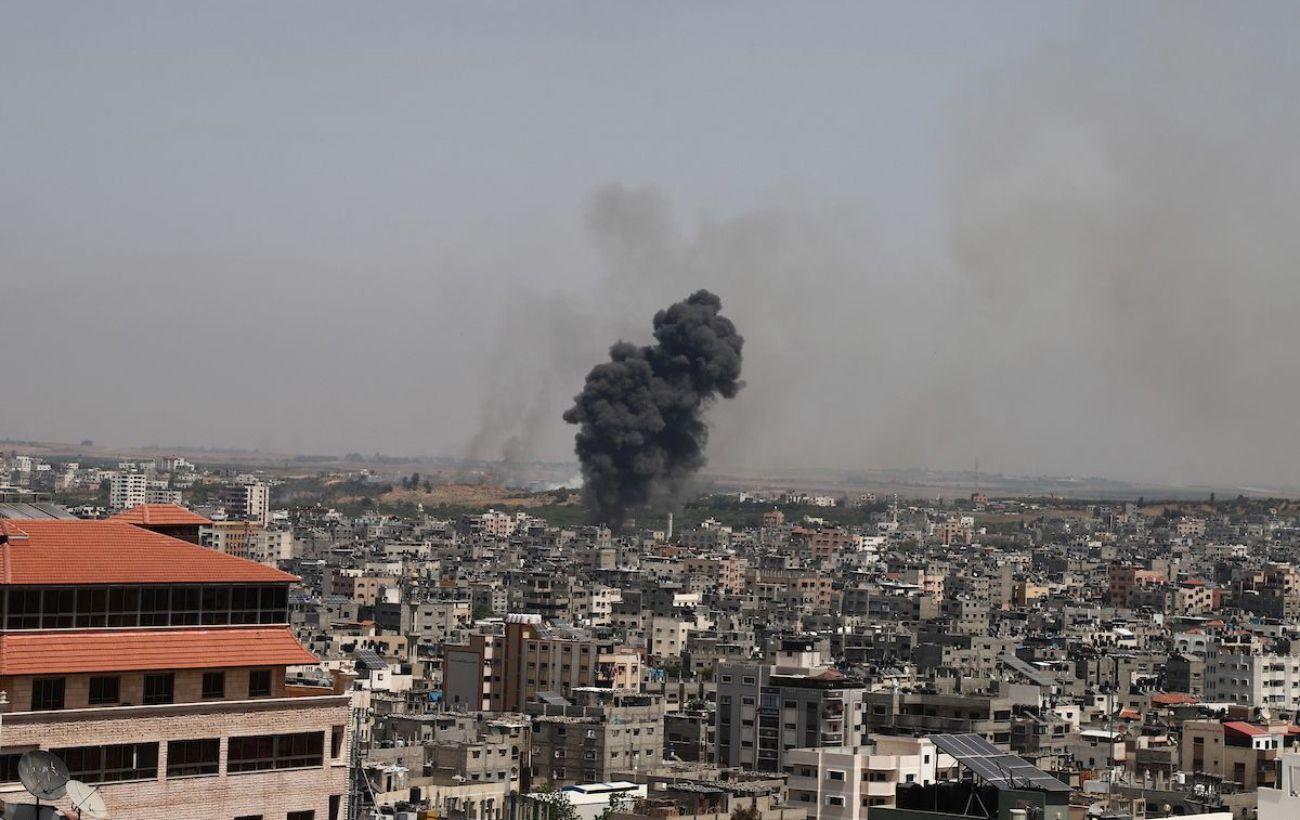 ВВС Израиля атаковали оружейный завод боевиков в Секторе Газа: ответ на поджоги ХАМАС