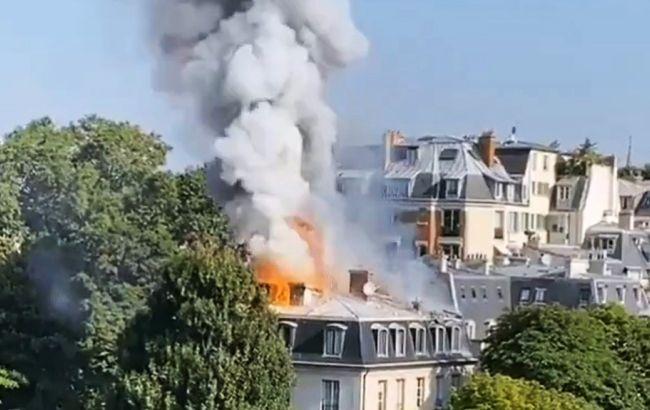 У Парижі сталася пожежа біля посольства Італії