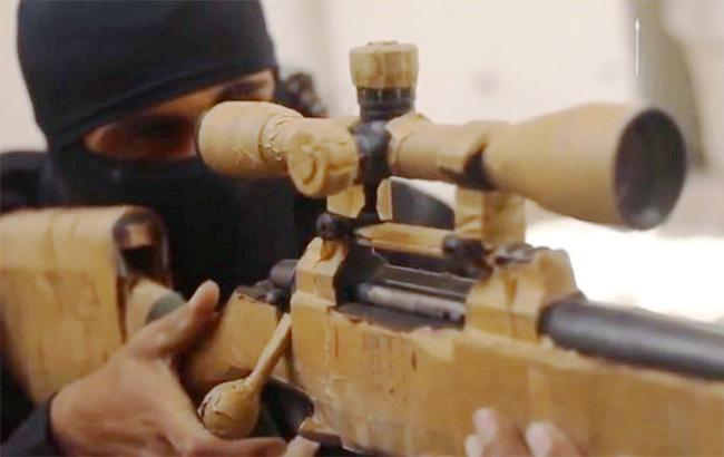Фото: боевик ИГИЛ (twitter.com/Terror_Monitor)
