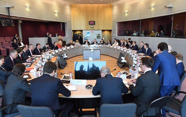 """Брюссельський формат: як НАК і """"Газпром"""" домовляються про транзит газу в ЄС"""