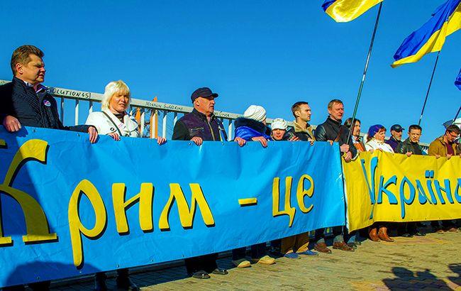 Крымчане ополчились на российских туристов: брызжут злостью