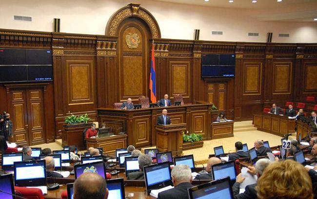Перед демонстрантами в Єревані виступить лідер System ofaDown Серж Танкян