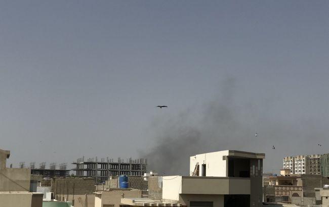 У Пакистані розбився літак з майже сотнею людей на борту
