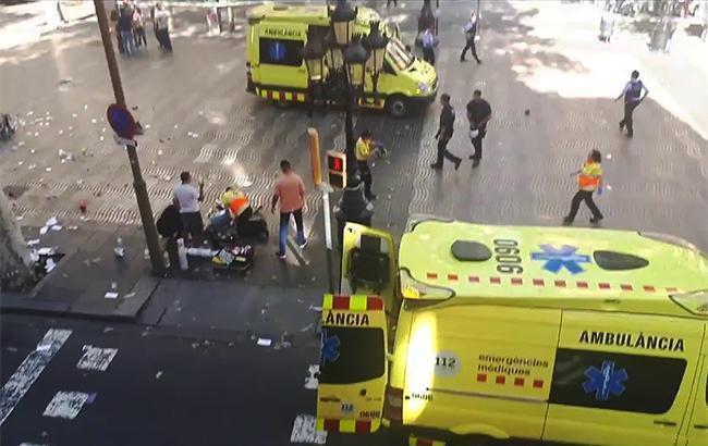 Фото: теракт в Барселоне (twitter.comboppinmule)