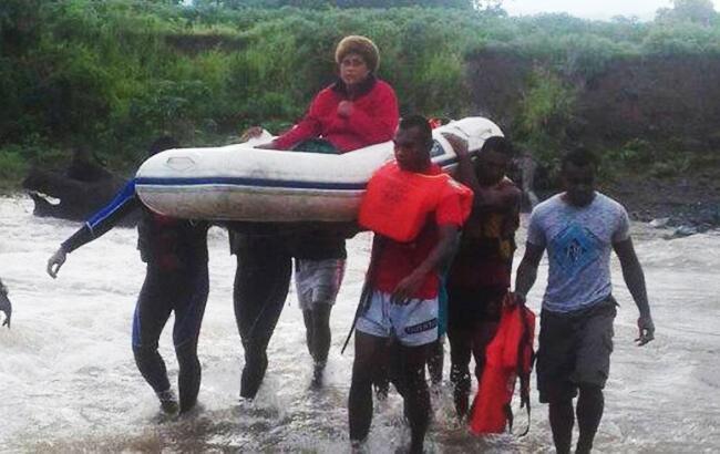 На Фиджи обрушился ураган, есть жертвы