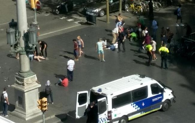 Серед постраждалих врезультаті теракту вБарселоні немає українців— МЗС