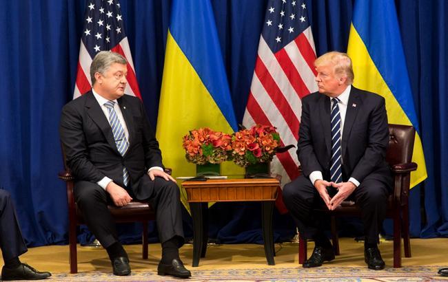 ВБелом доме афишировали детали встречи Трампа иПорошенко