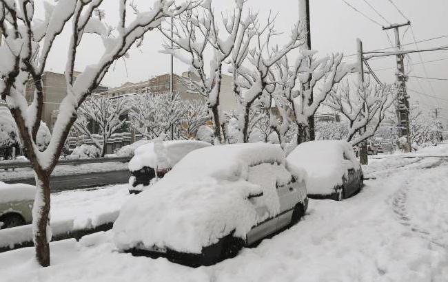 Фото: снегопад в Иране (twitter.comSTcom)