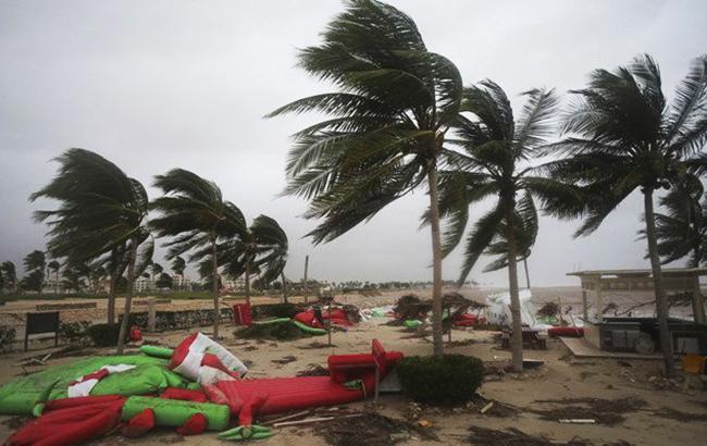 На Оман и Йемен обрушился тропический циклон, в результате чего погибли 13 человек