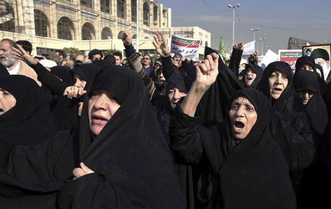 Фото: протесты в Иране (twitter iauqibsalam)