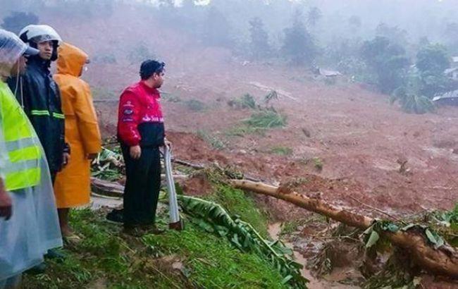Унаслідок шторму на Філіппінах загинуло вже близько 200 людей